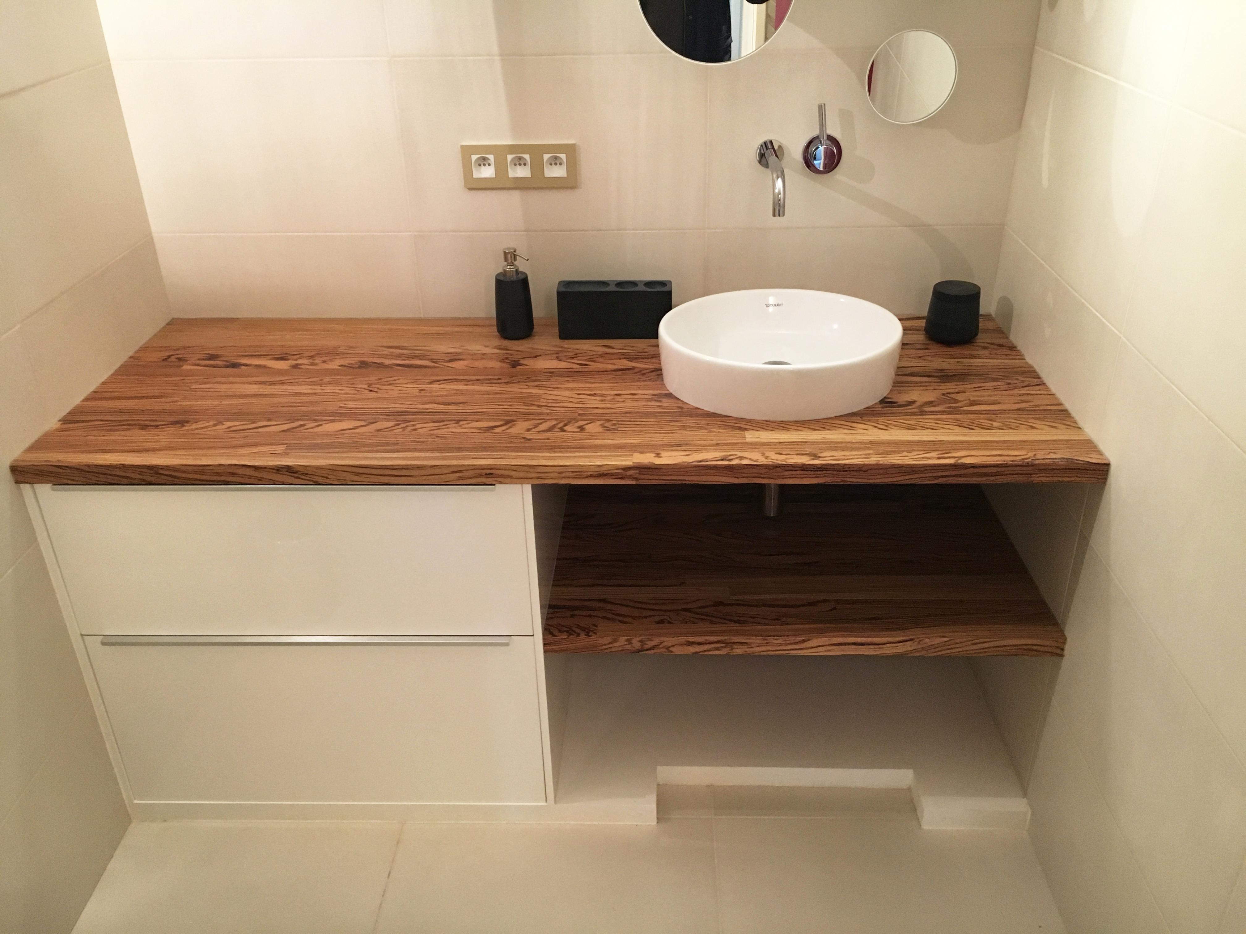 Salle de bain #2 : Meuble vasque \'sur mesure\' - tablettes en ...