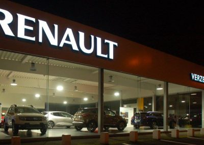 QUIEVRAIN | showroom Renault