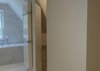 Salle de bain - Radiateur vertical et porte-serviette